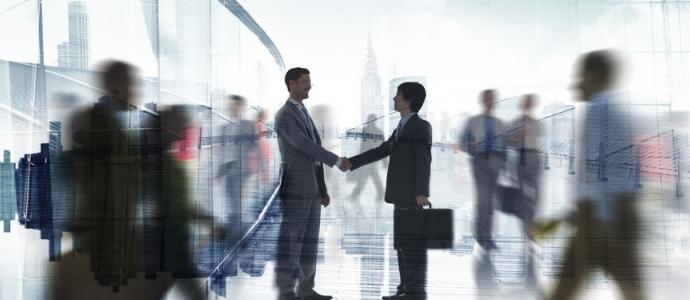 Şirketlerde Birleşme Veya Bölünme Yoluyla İşyerinin Devri ve İşçi Alacaklarından Sorumluluk